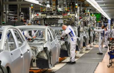 Γερμανία: Ο κορωνοϊός επιβάλλει αυστηρά μέτρα λιτότητας και φρενάρει την αυτοκινητοβιομηχανία