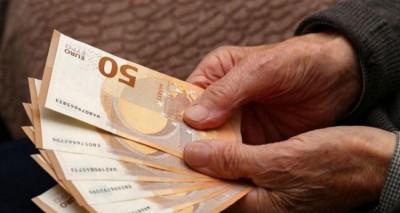Συνταξιούχοι: Με μόνο για ένα έτος σύνταξης γλιτώνουν τις προσαυξήσεις φόρου στα αναδρομικά