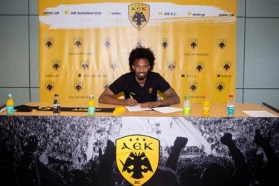 ΑΕΚ: Ανακοίνωσε τον Ανγκόλα μέχρι το 2023!
