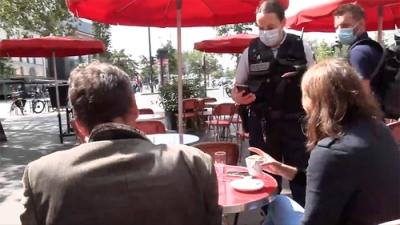 Το υποχρεωτικό πιστοποιητικό εμβολίων του Macron διώχνει τους Γάλλους από τα καφέ και τα εστιατόρια