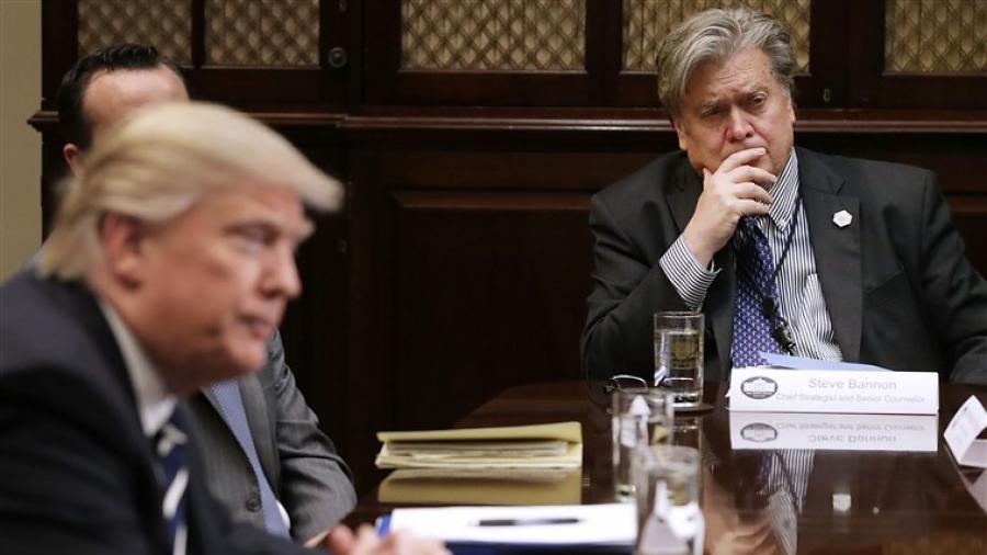 Ο Trump απένειμε χάρη στον Bannon αλλά όχι....στον εαυτό του