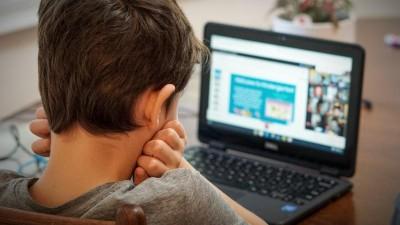 Πρεμιέρα σήμερα Τετάρτη 18/11 για την τηλεκπαίδευση σε δημοτικά και νηπιαγωγεία