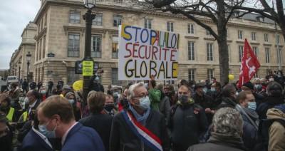 Γαλλία: Αναδιατύπωση του άρθρου 24 του νόμου για την «καθολική ασφάλεια»