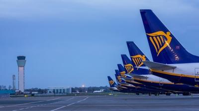 Νέες πτήσεις της Ryanair σε ελληνικά νησιά από Λίβερπουλ και Μάντσεστερ