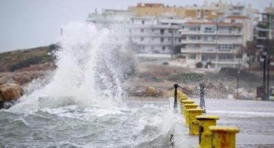 Προβλήματα σε  Πελοπόννησο και Αττική, λόγω της κακοκαιρίας – Η πορεία του κυκλώνα