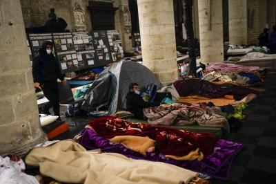 Βρυξέλλες: Κατάληψη 150 παράνομων μεταναστών σε εκκλησία - Ζητούν νομιμοποίηση