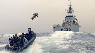 Βρετανία: Το πολεμικό ναυτικό σε άσκηση... «Iron Man»