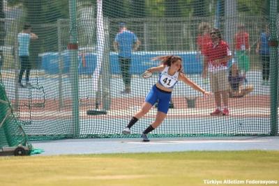 Ευρωπαϊκό Κ20: Η Σοφία Κεσσίδη στον τελικό της δισκοβολίας, ο Αντωνακόπουλος στον τελικό του μήκους!